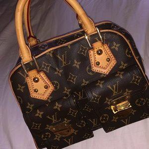 Authentic Louis Vuitton Monogram Manhattan PM Bag